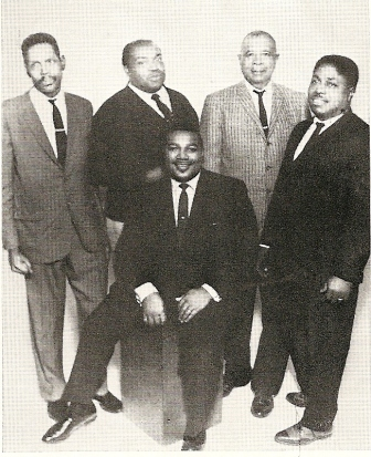 Big_Walter_In_Willie_Dixon_Band