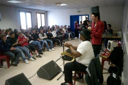 2009BluesInSchools
